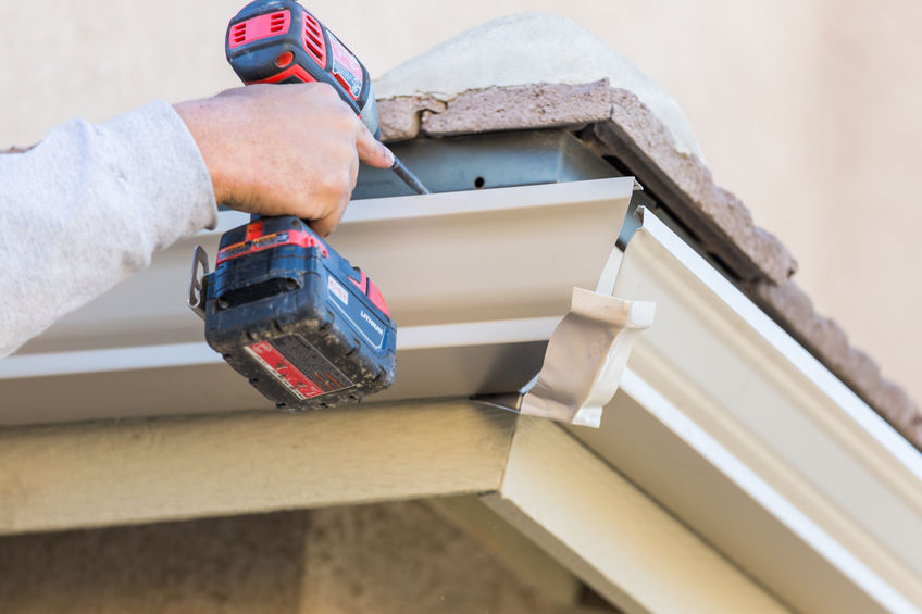 Image of D&B Guttering providing services